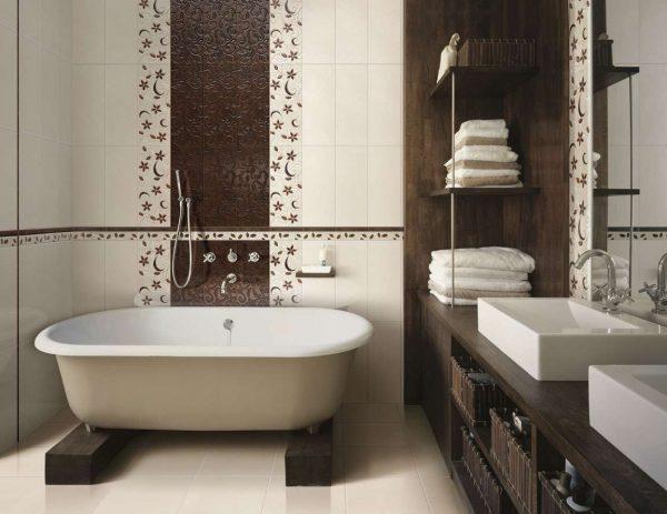 дизайн ванной комнаты с вертикальной укладкой плитки