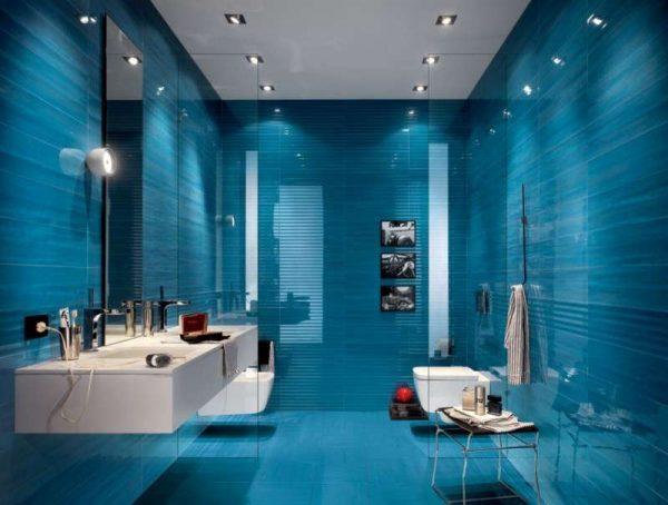дизайн ванной комнаты с кафелем цвета морской волны