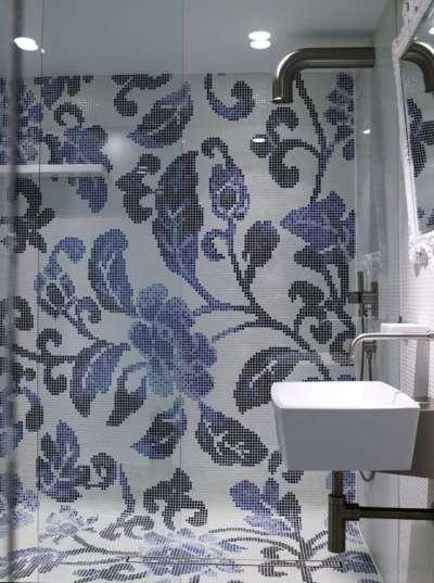 раскладка мозаичной плитки в ванной