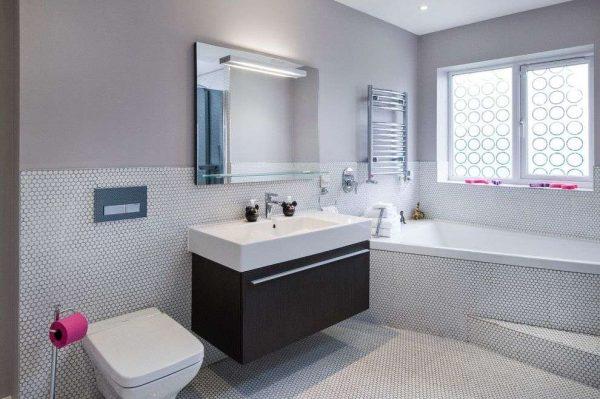 раскладка в ванной мозаичной плитки