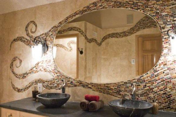 мозаичная раскладка в ванной плитки