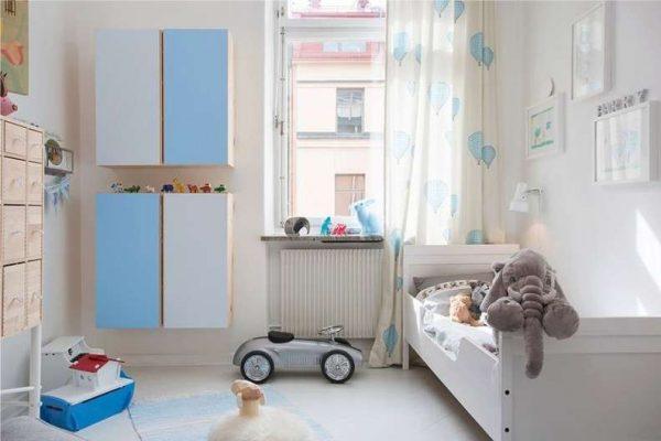 шторы в комнате мальчика до 3 лет