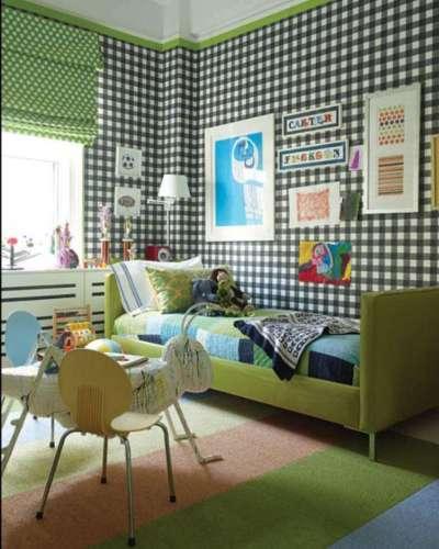 римские зелёные шторы в комнате мальчика