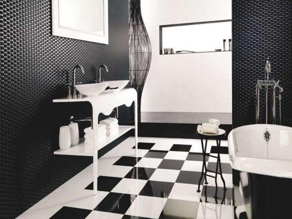 интерьер ванной комнаты с чёрной плиткой