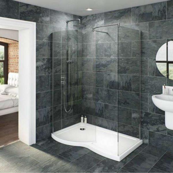 стены в ванной с душевой кабиной