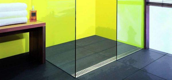 душевая кабина с прозрачными стёклами