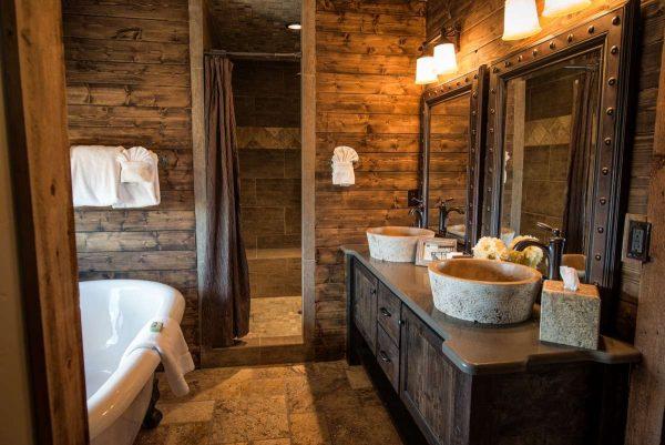 ремонт в ванной в деревянном доме