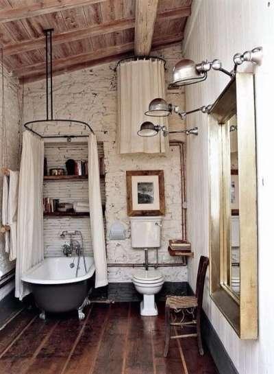 маленькая ванная под крышей