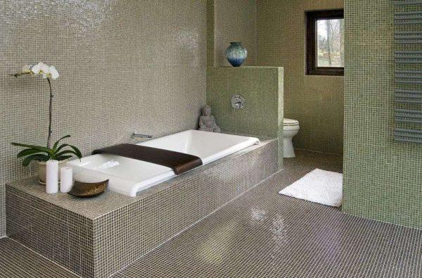 мозаика в ванной совмещённой с туалетом