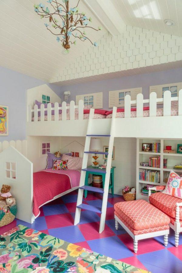 детская для девочек в виде домика