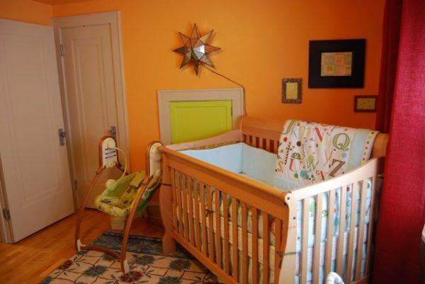 оранжевая детская для новорождённого