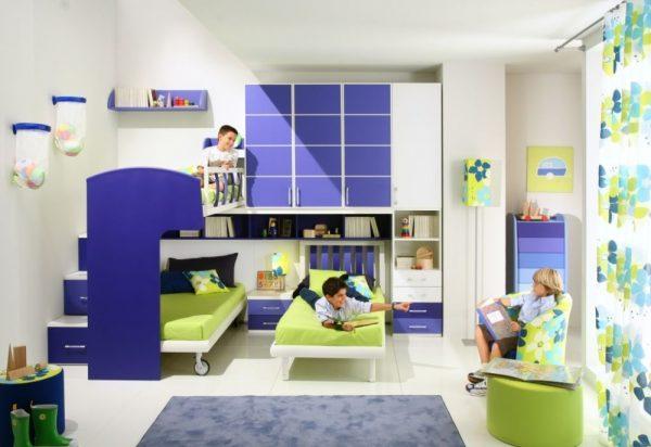 фиолетовый и зелёный в детской