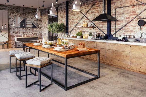 кухня лофт с декором стен