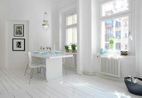 доски в скандинавском стиле на полу