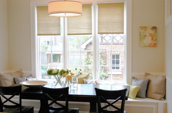 рулонные шторы в интерьере кухни