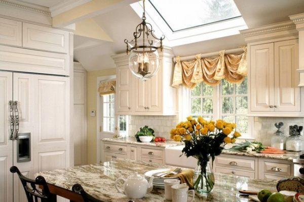 кухонные короткие шторы