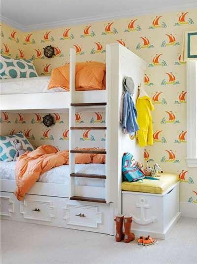 обои с корабликами в детской комнате мальчика в морском стиле