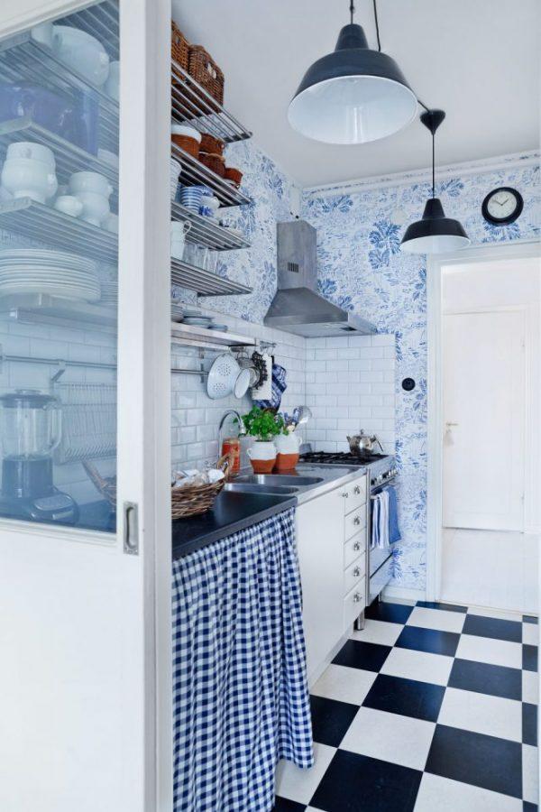 обои на синей кухне