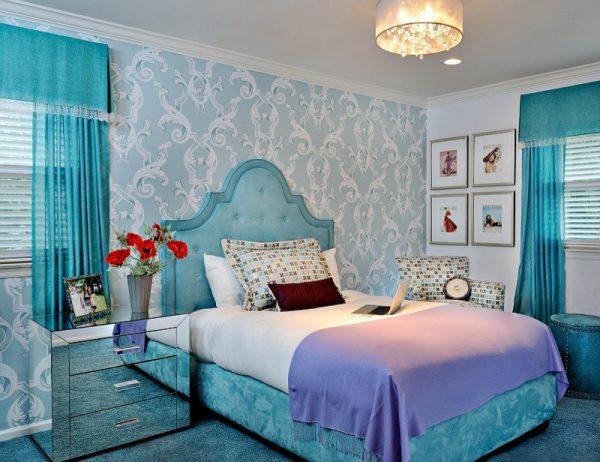 Интерьер голубой детской комнаты для девочки
