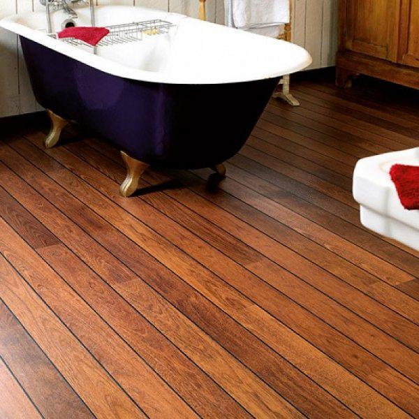 термодерево в деревянной ванной