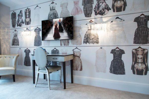 фотообои с изображениями платьев в детской девочки подростка