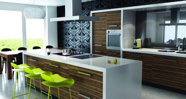 стиль Контемпорари на кухне с зелёными барными стульями