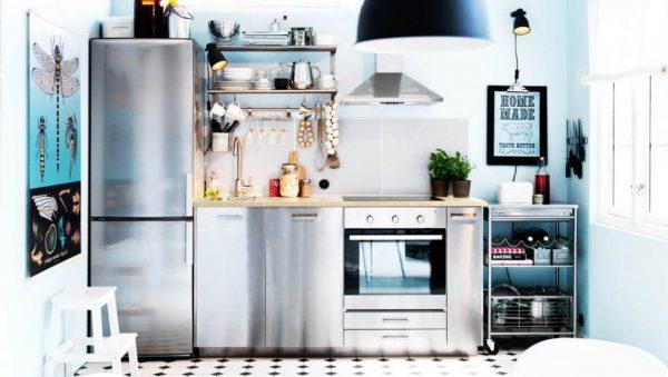 прямую кухню можно дополнить передвижной тележкой