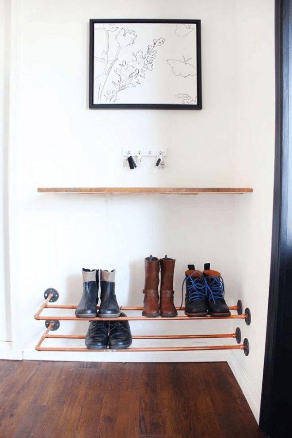 обувница из металлическим труб