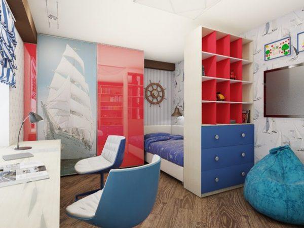красный и синий в комнате мальчиков