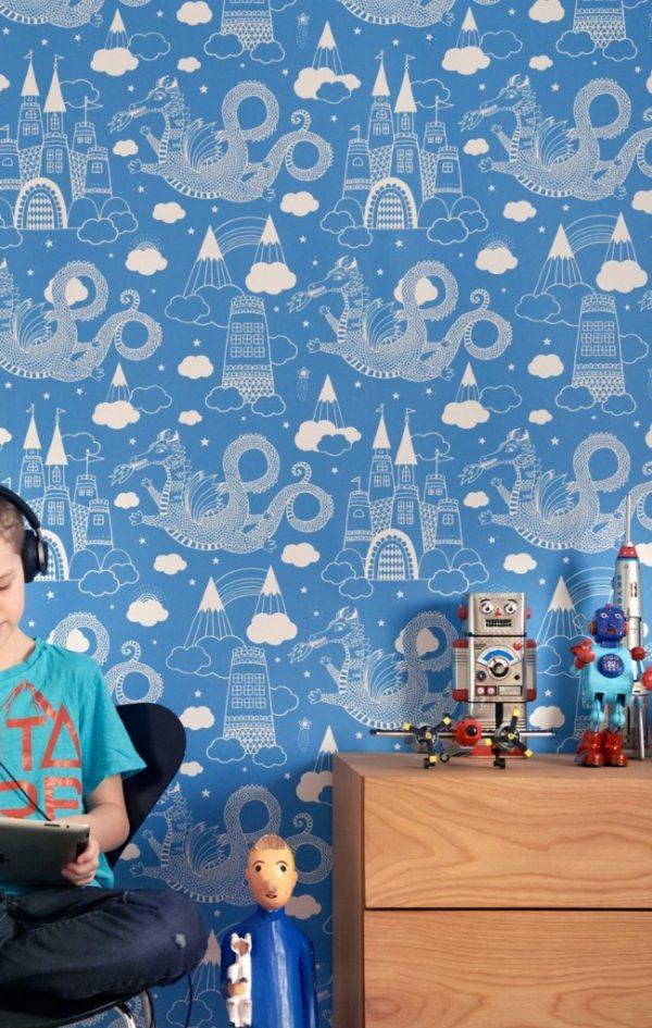 голубые обои с замком в детской