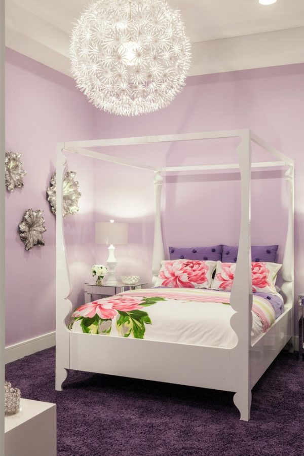 Beauty-and-Glamour-Theme-for-Girl-Bedroom