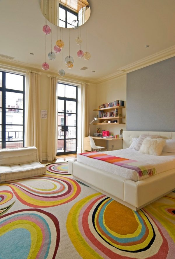 Contemporary-Girl-Bedroom-with-Colorful-Carpet
