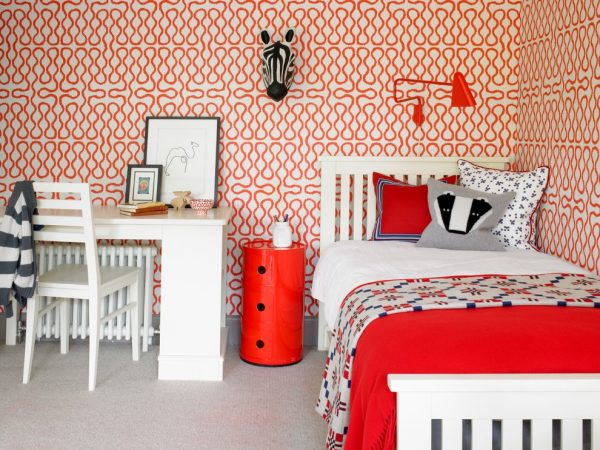 Red-Girl-Bedroom-Theme